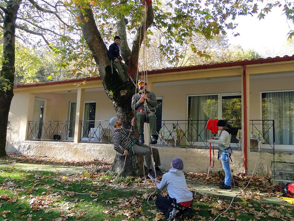 Εικόνα απο την εκπαίδευση λίγο πριν τα βάραθρα της Αριδαίας,2ο Σεμινάριο 2010