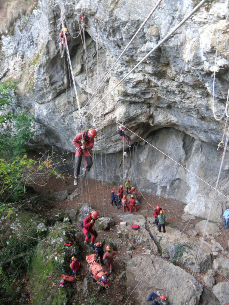 Practice στα σχοινιά και σε τεχνικές σπηλαιοδιάσωσης