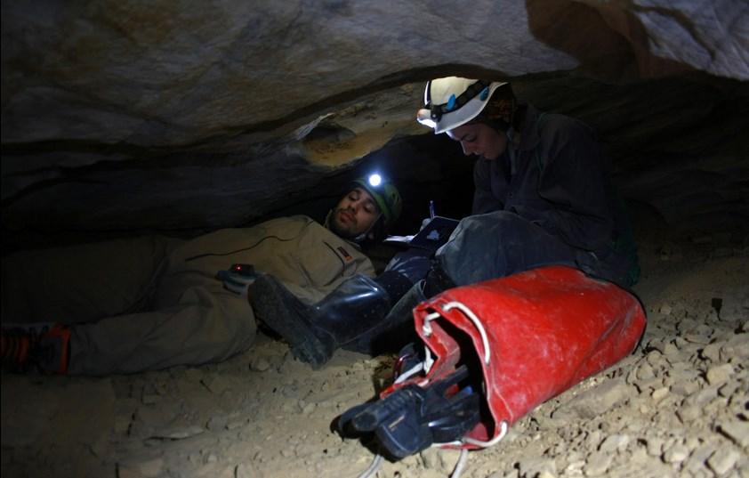 Χαρτογράφηση στο σπήλαιο Επταμύλων,2012